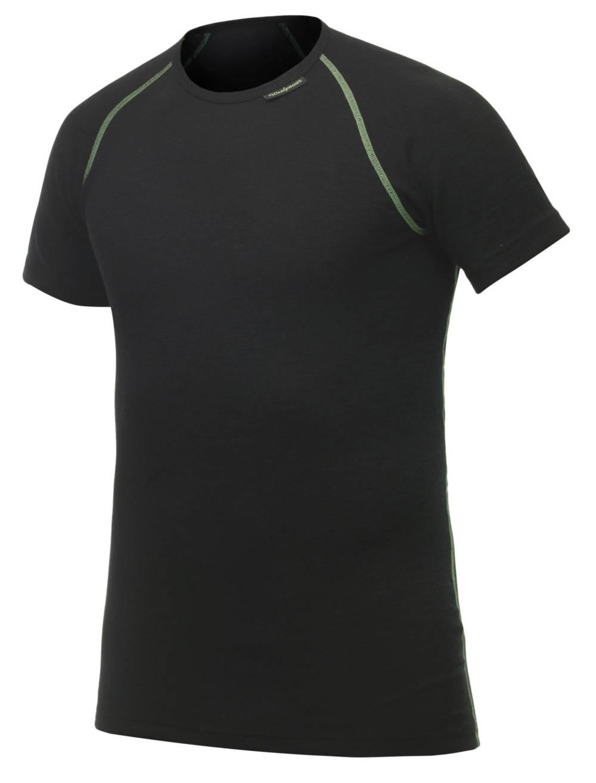 test woolpower merino shirt beim laufen der jogger. Black Bedroom Furniture Sets. Home Design Ideas