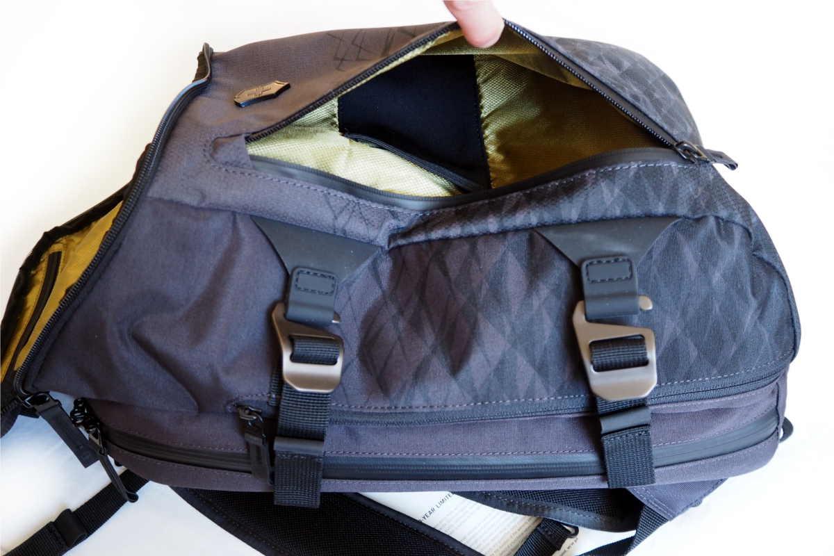 Rucksack mit praktischem Handyfach