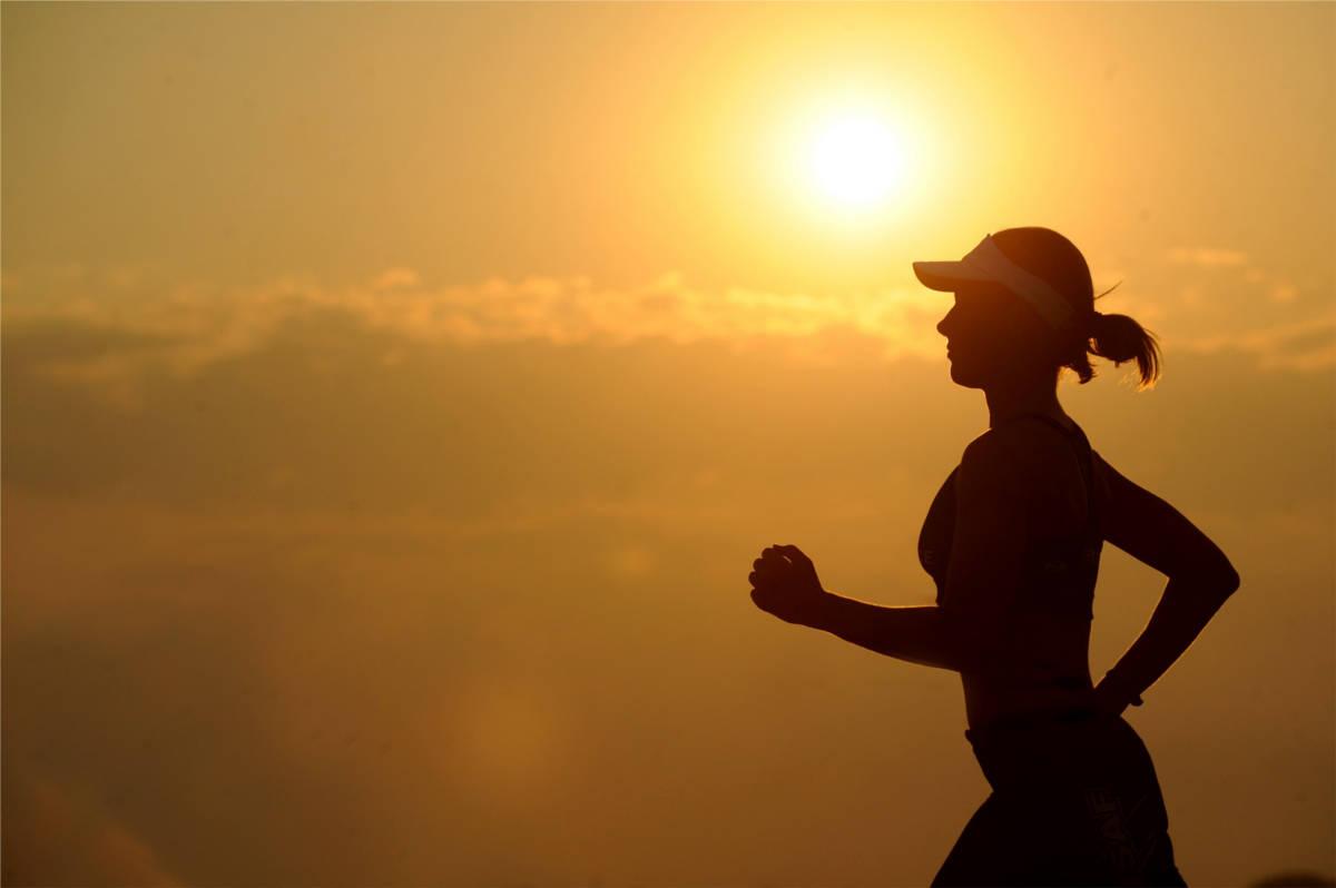 Tipps zum laufen bei Hitze im Sommer