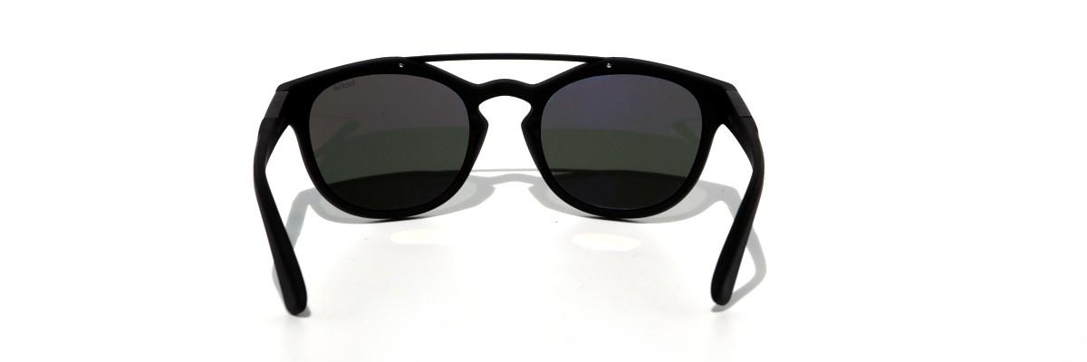 Bollé Boxton mit dunklen polarisierten Gläsern